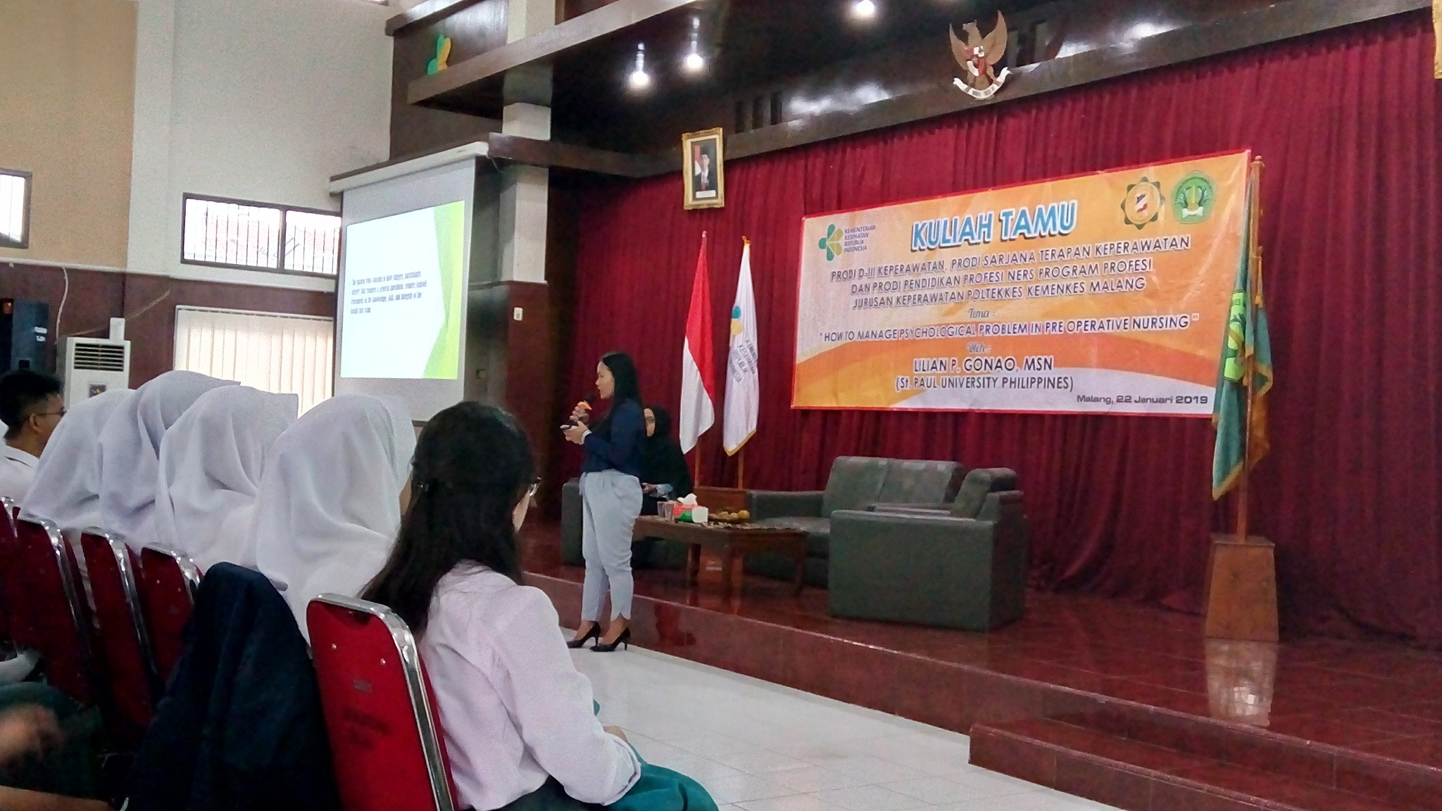 How to Manage Psicological Problem In Pre Opreative Nursing dengan narasumber Lilian P Gonao, MSN da